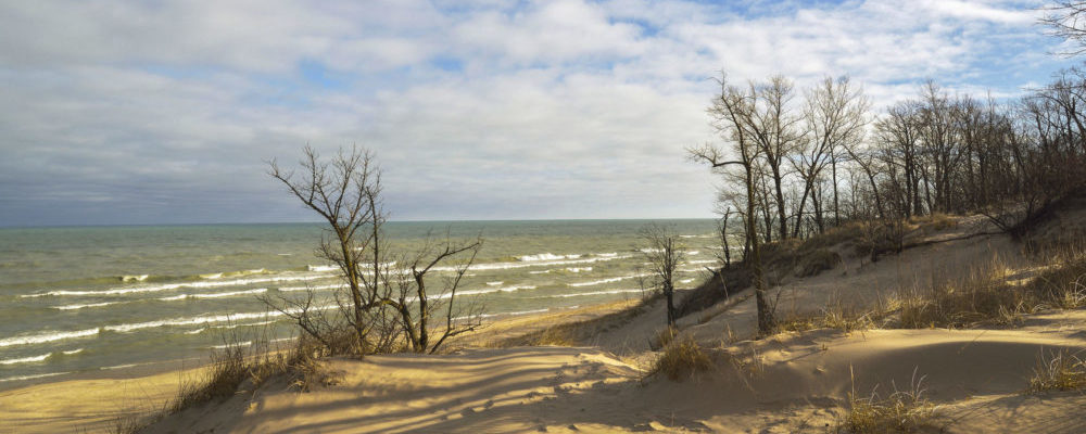 building custom homes on the shores of lake michigan